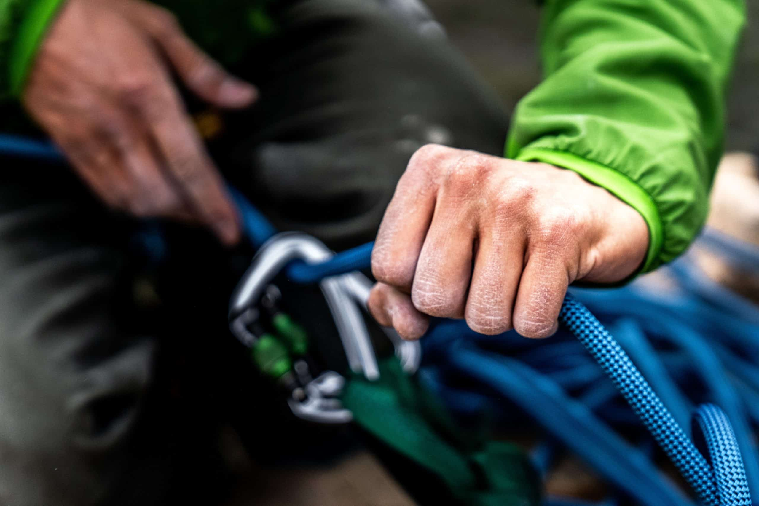 How To Tie climbing Knots, Hitches And Bends