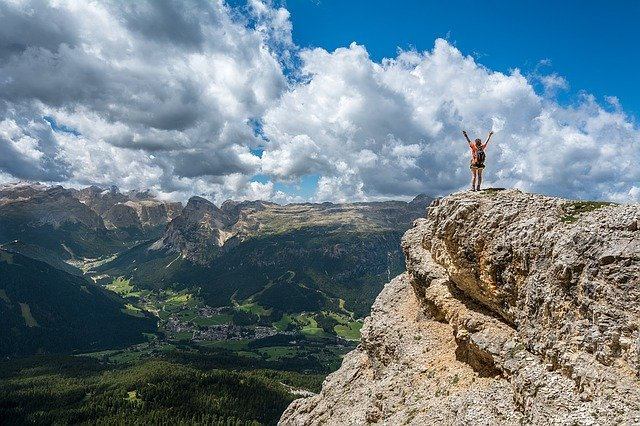 THE PSYCHOLOGY OF CLIMBING WITH WOMEN